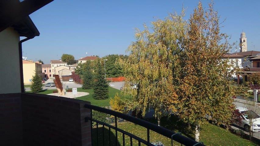 3-Zimmer-Wohnung nahe Mantua - Villimpenta