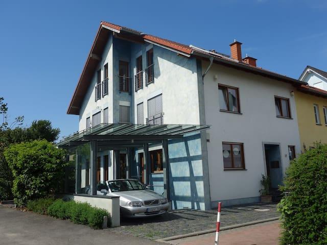 """At the Vineyards/Rheingau-Area """"H"""" - Walluf - Casa"""