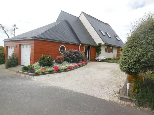 Chambre d'hôtes proche de Brest et Landerneau. - Dirinon - Casa de huéspedes