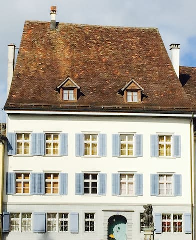 Old traditional town house - Bischofszell - Huis
