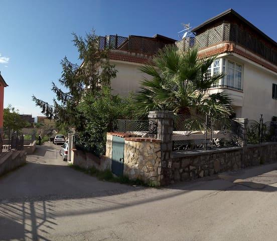 Apartment in Ercolano on Vesuvio - Ercolano - Квартира
