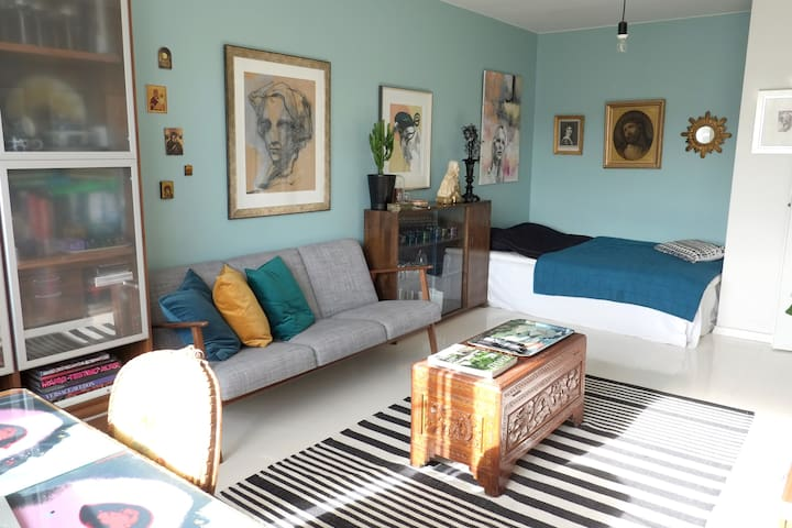 Unique studio apartment near centrum - Tampere - Daire