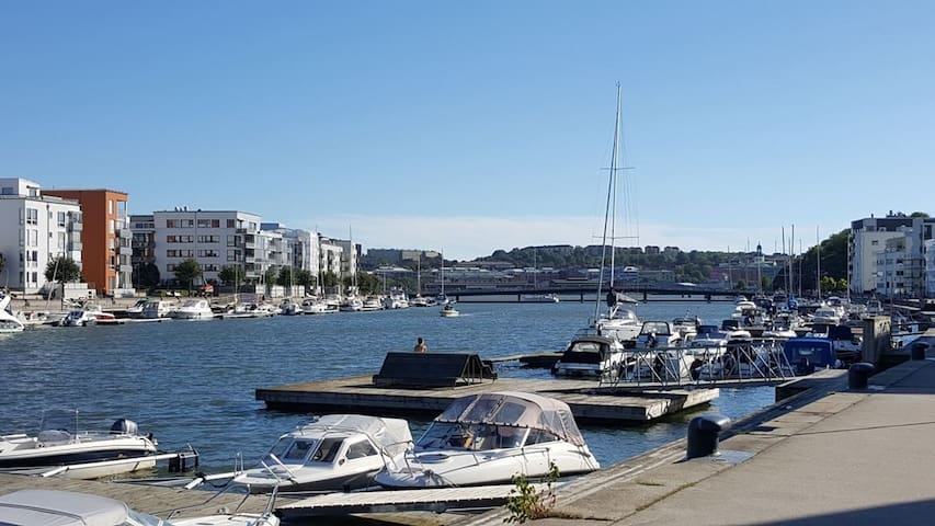 cozy 2 room apartment with seaview - Gothenburg - Daire