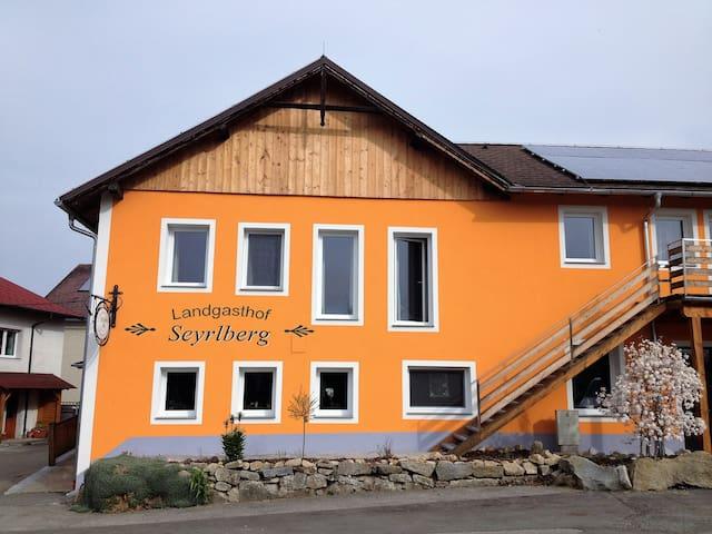 Landgasthof Seyrlberg - Reichenau im Mühlkreis - B&B/民宿/ペンション