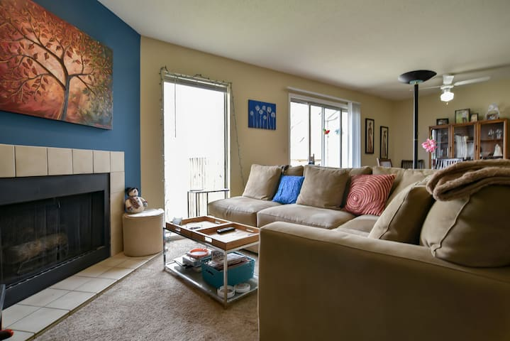 Cozy apartment near nature & hwy - Kansas City - Wohnung
