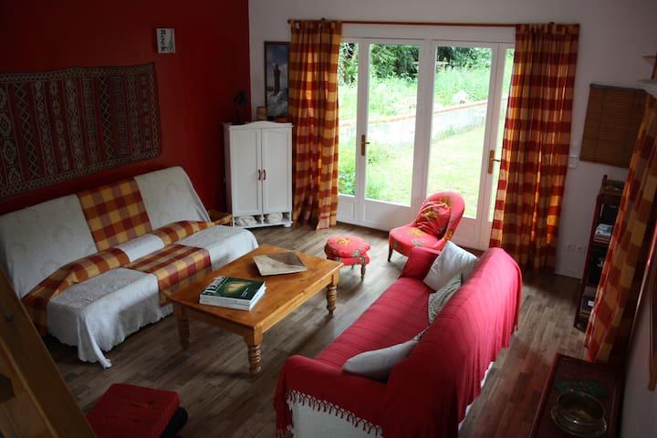 Maison en Normandie proche Dreux - Lignerolles - Huis