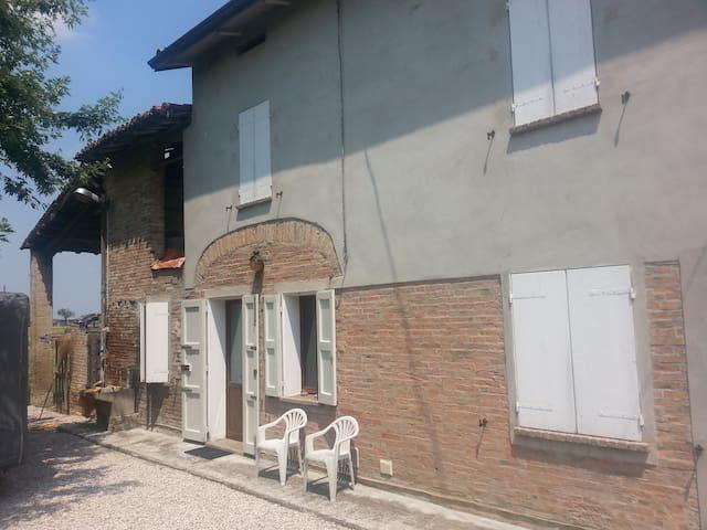 Bella casa colonica in campagna - Reggio Emilia - Ev