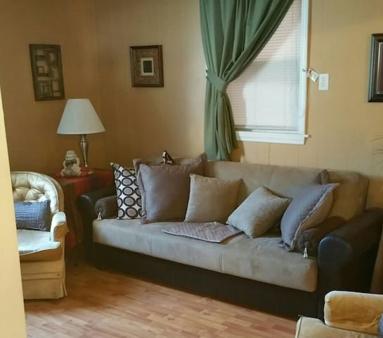COZY Petite/SPACE 1Sofa-Bed@Living Room - Madison