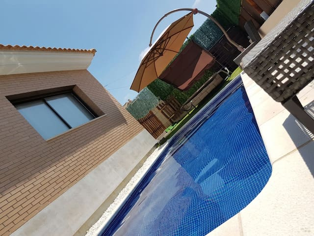 Grand Family House - El Vendrell - Ev