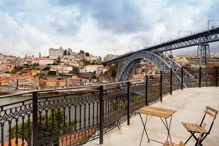 Balcony of Douro riverfronts - Vila Nova de Gaia