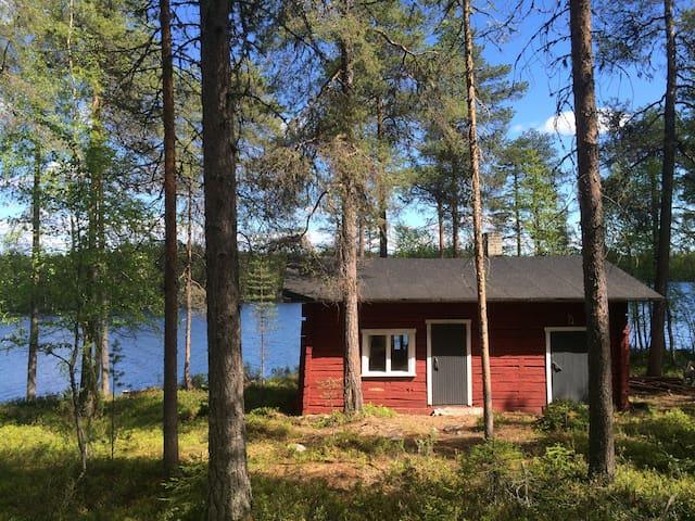 Lakeside cottage with a sauna - Kuusamo
