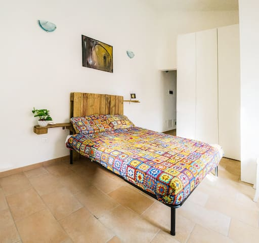 """NoHayNadaHomeGallery"" ospitalità ad arte - Ferrara - Bed & Breakfast"