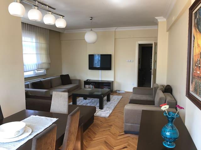 Fully furnished 4 room cosy flat - Kadıköy - Leilighet