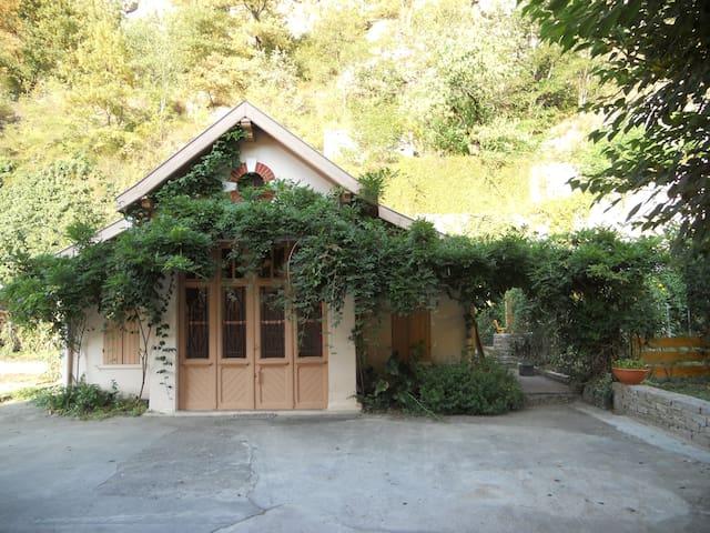 Adorable maisonnette confortable et calme - Tarascon-sur-Ariège - Appartement