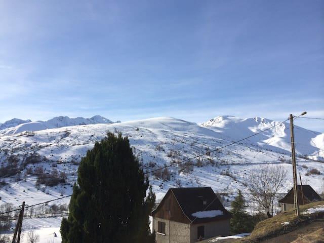Chalet de Montagne Pyrénées Village de Poubeau - Poubeau - Bungalo
