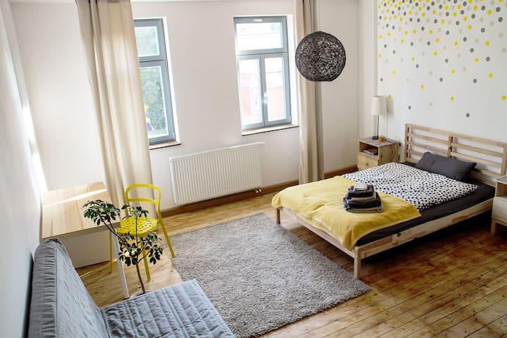 Sonniges Gästezimmer mit Bad - Weimar - Apartament