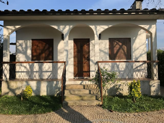 Rustic house - low cost - Marco de Canaveses