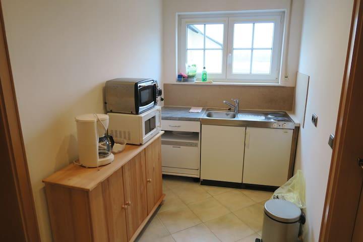 Zimmer nähe Weiden - Pirk - Lägenhet