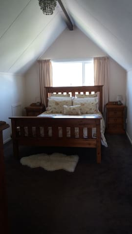 Comfortable Double Room - Lower Hutt - Casa
