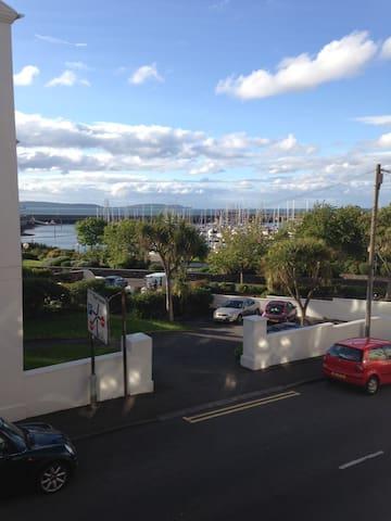 Bangor central close to marina - Bangor - Rumah