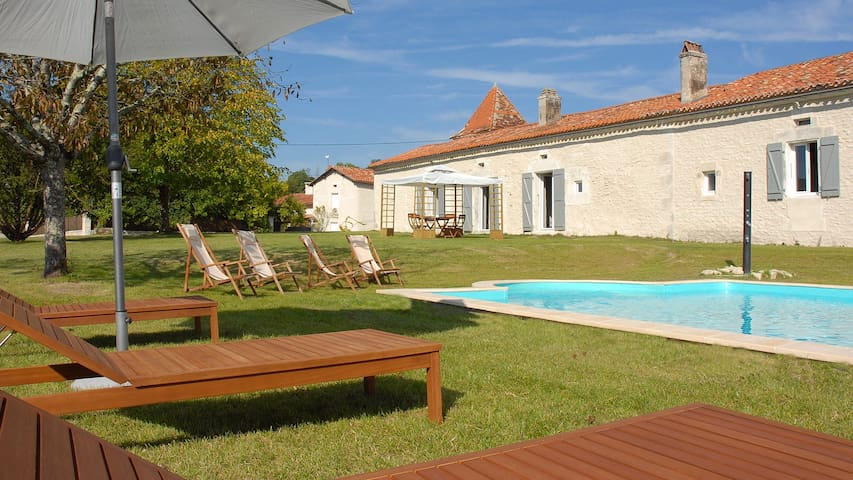 Countryside House with secure Private Pool - Cherval - Casa