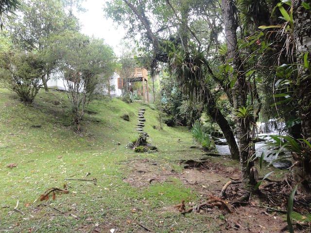Casa dos Sonhos Santa Clara - Resende - Kulübe