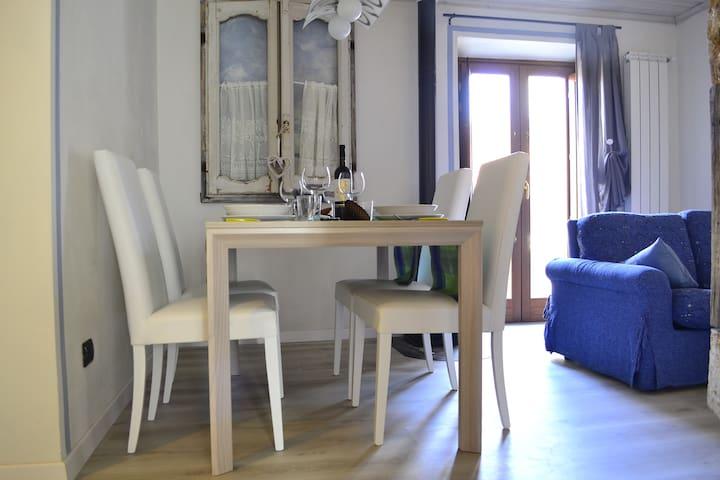 HOME LOVE HOME - Casasco Intelvi - Departamento