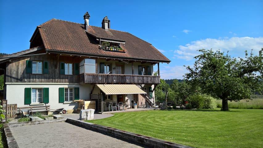 Haus im Grünen - Herbligen