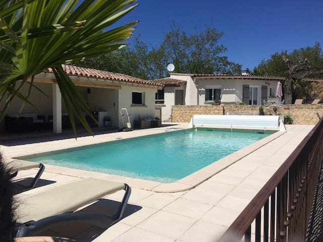 Maison au calme vue piscine - Limoux  - Talo