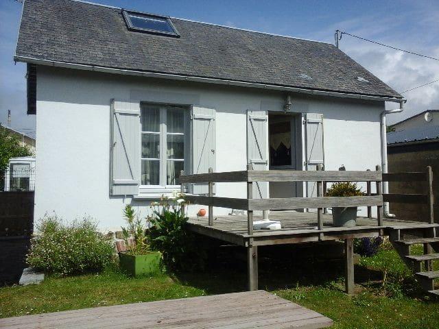 charmante maison au calme - Saint-Pair-sur-Mer - Casa