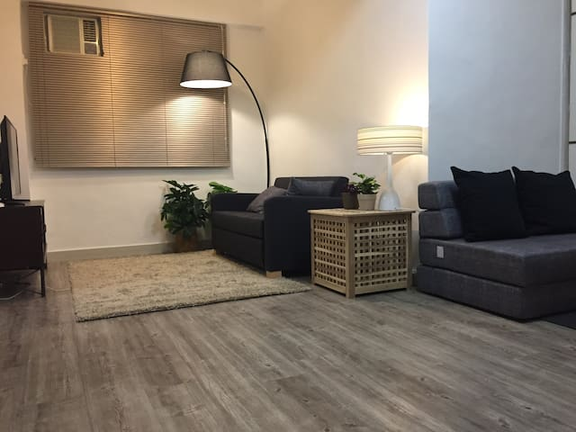 2BR Mongkok MTR apartment next to Langham Place - Hong Kong - Apartament
