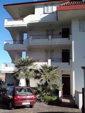 appartamento vicino al mare secondo piano - Paparo-sant'angelo - Appartement