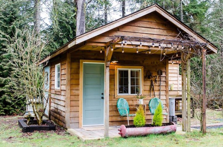 Brand new private studio cottage - Поулсбо - Дом