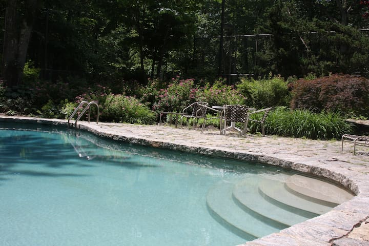 Pound Ridge Vacation House - Pound Ridge
