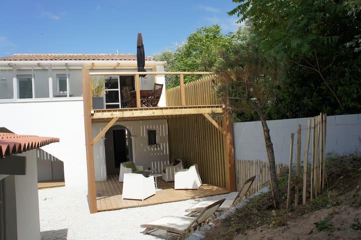 Superbe villa entièrement rénovée - La Tranche-sur-Mer - Villa