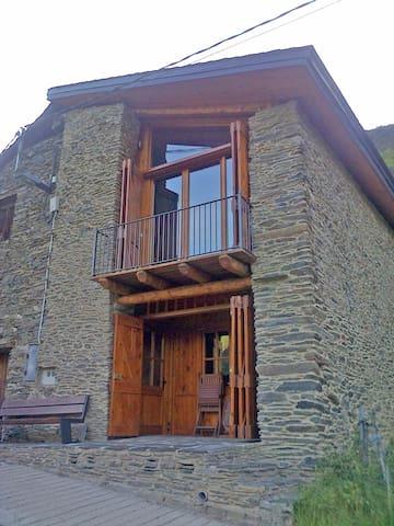 Casa unifamiliar - Benante - Huis