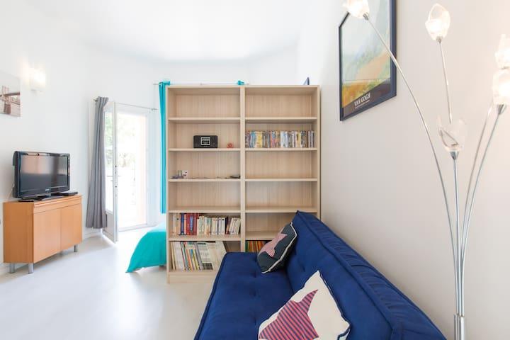 30 m2 dans une villa avec terrasse - Toulon - Wohnung