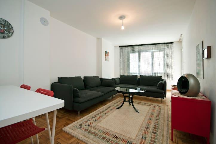 central & modern flat near airport - Pendik - Lägenhet
