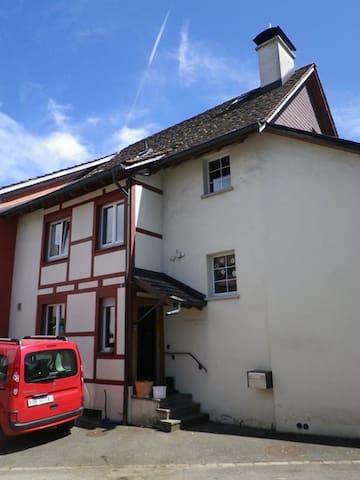 Chnusperhüsli - Schaffhausen - Haus