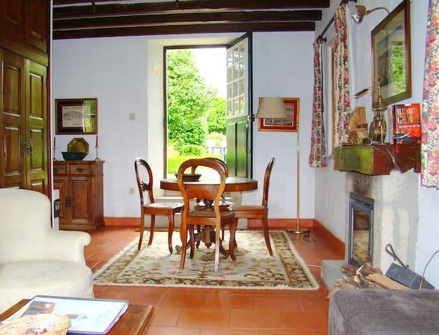 Casinha do Lago - Medelo - Villa