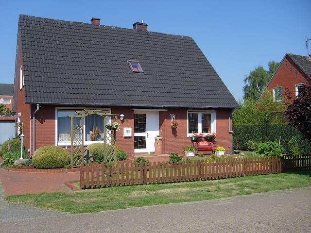 Haus Helena, B&B =Zweibettzimmer=  - Börger - Oda + Kahvaltı
