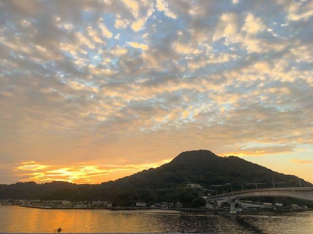 #1 Authentic Island, Serenity, Relax with 2 rooms - Uwajima-shi - Дом
