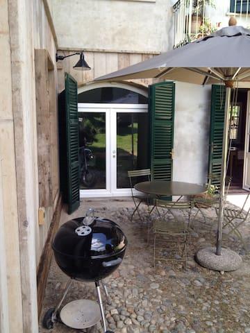 Monate Lake: farmhouse / wineyard - Comabbio - Ev