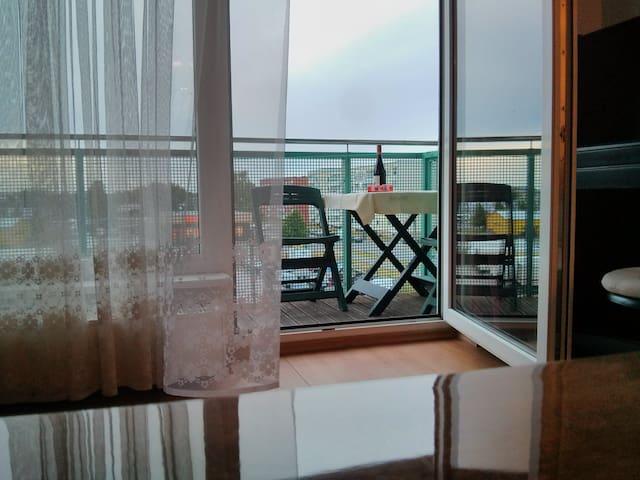 Sunset view apartment with balcony - Pärnu - Wohnung