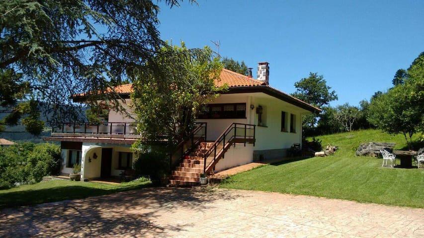 Casa en Reserva de la Biosfera - Sukarrieta - Talo