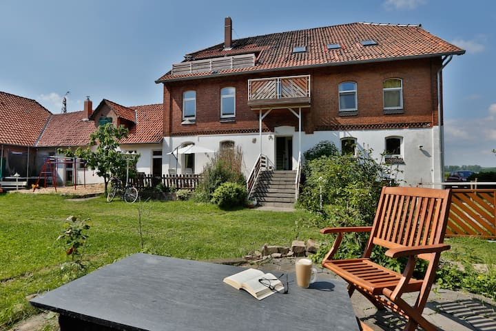 Schöne Wohlfühl-Wohnung im ehemaligen Bauernhaus - Barsinghausen - Leilighet