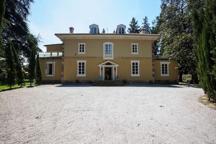 Casa Señorial de lujo - Iruz - Villa