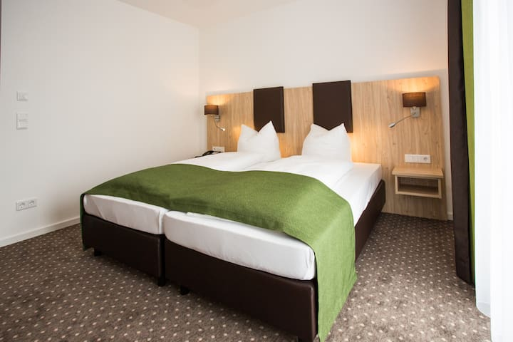 Doppelzimmer Turmblick ggü. Therme - Bad Abbach - Bed & Breakfast
