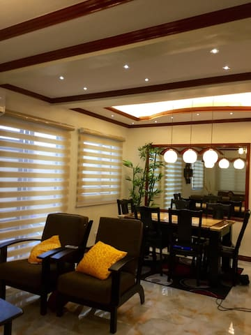 FAMILY ORIENTED FULLY FURNISHED 3B-ROOM WITH WIFI - general trias  - Dom