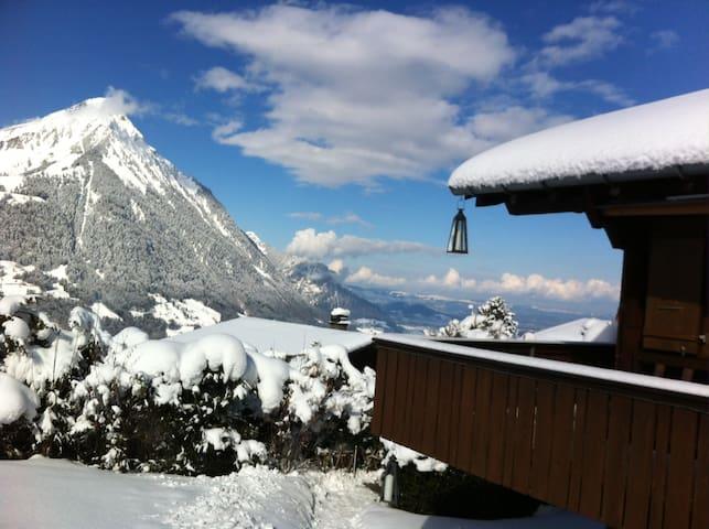 Chalet Tannegg mitten im Ski- und Wandergebiet - Reichenbach im Kandertal